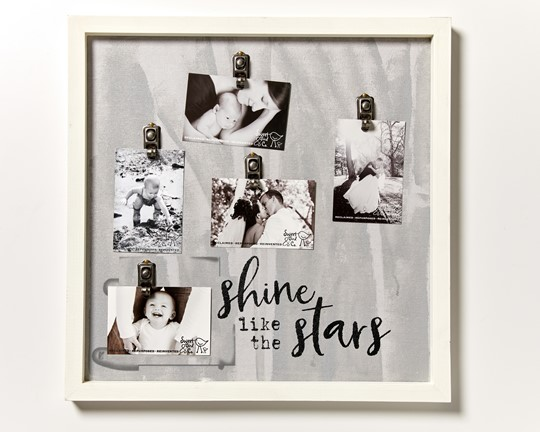 "AFC22SHINE - 22x22"" Artful Clips of Life Frame 