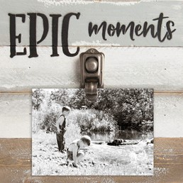 8X8 EPIC MOMENTS RECLAIMED WOOD CLIP FRAME